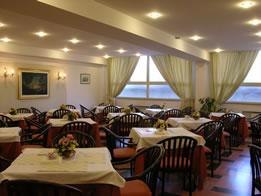 Hotel Rouge et Noir Restaurant